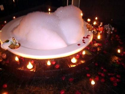 Claudia rafaella qu necesitas para organizar una cena for Ideas noche romantica