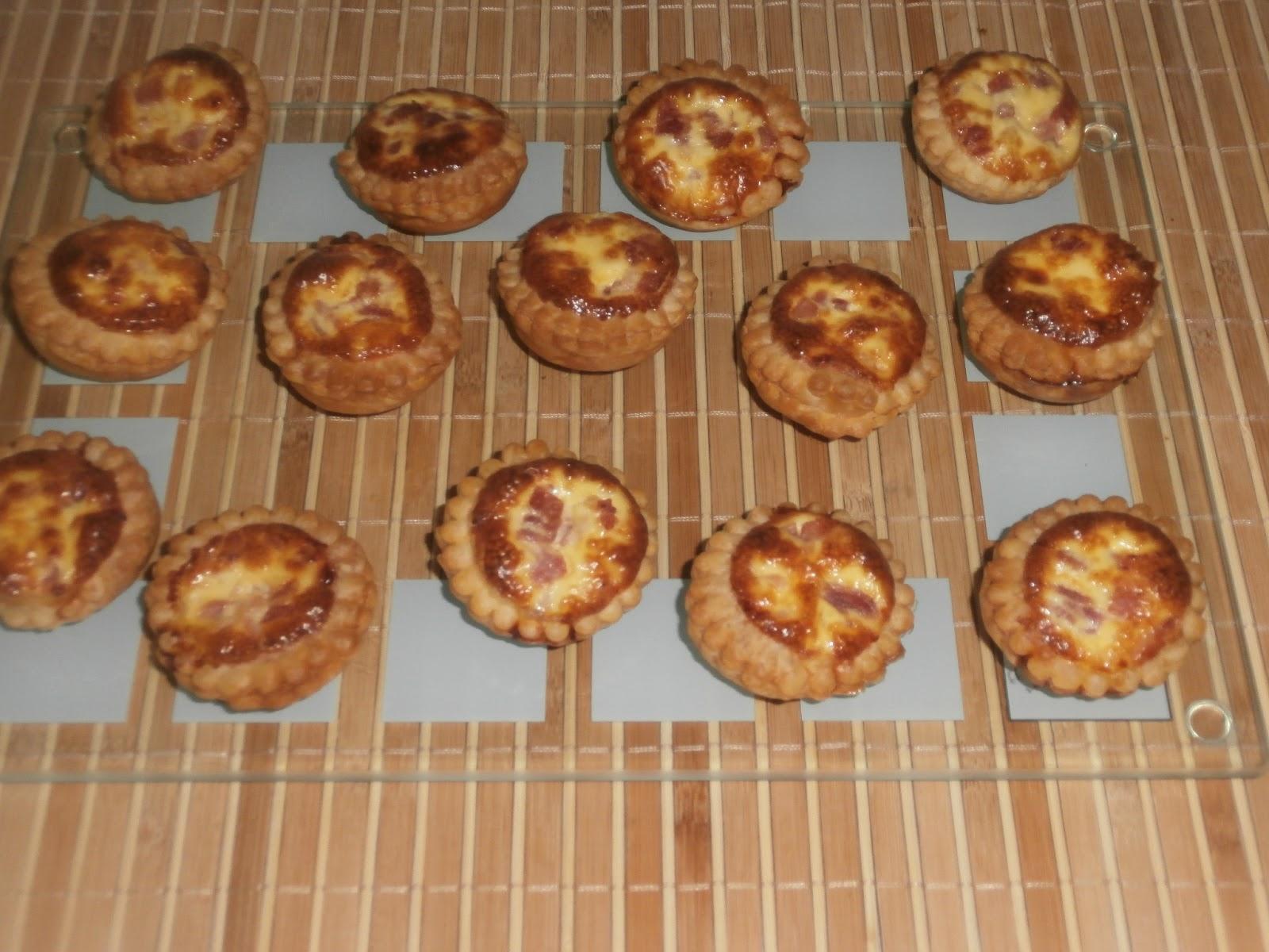 Les recettes chouettes de sissi ap ritif mini quiches - Moule mini quiche ...