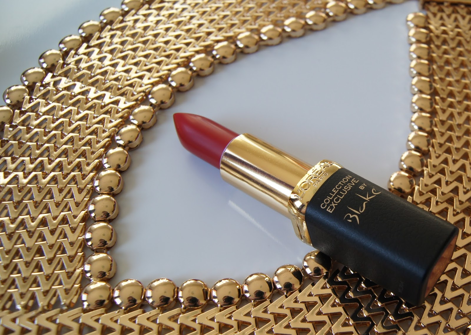 L'Oreal Color Riche lipstick in Blakes Red