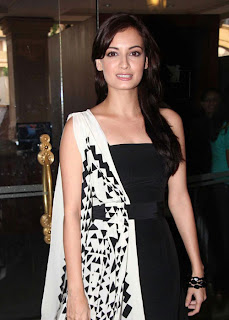 diya mirza in black so cute