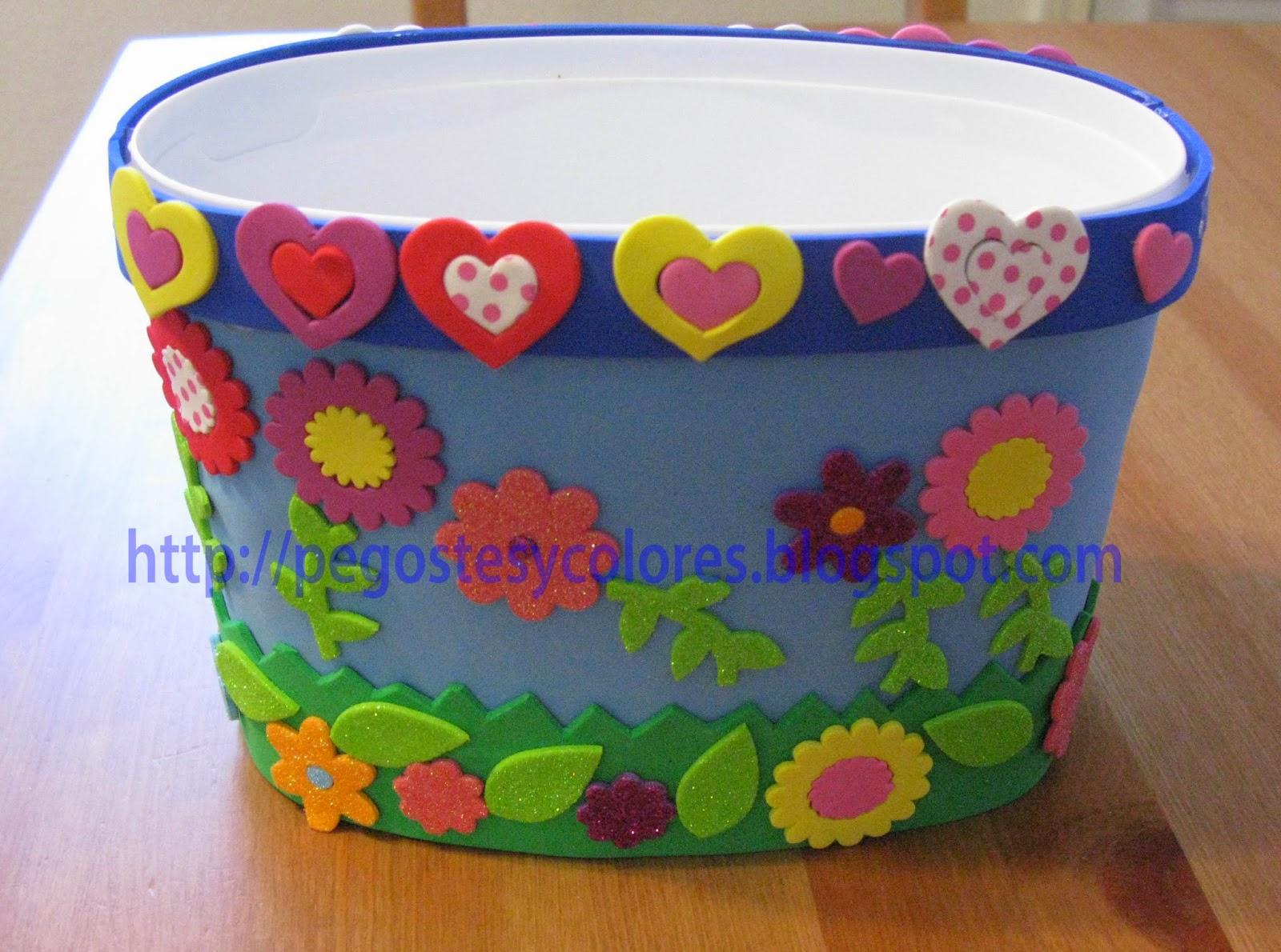 Pegostes y colores canasta de flores de foamy para la pascua - Decorar con colores ...