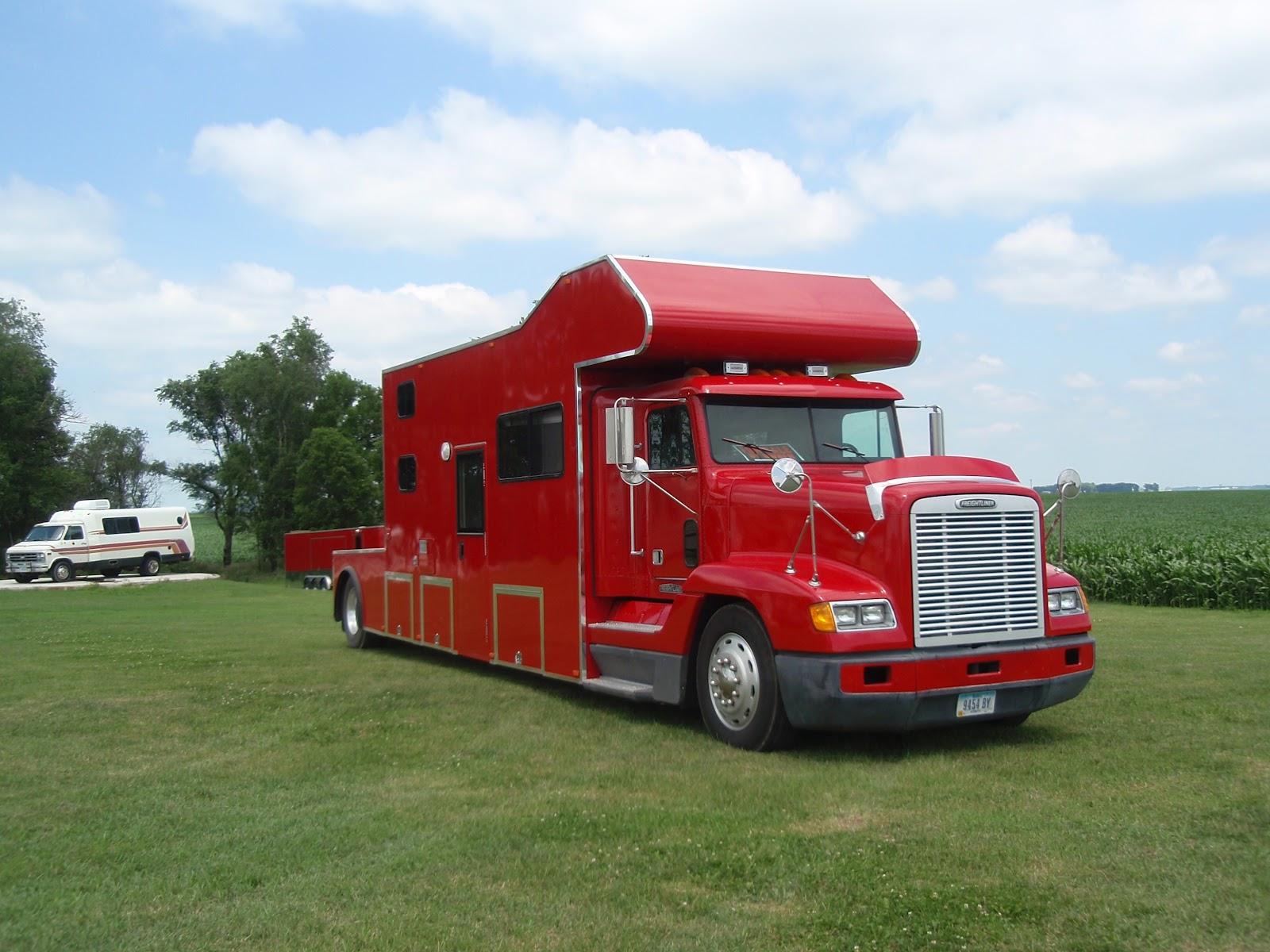 Toterhome Truck Amp Trailer