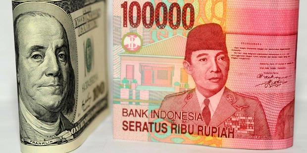 Nilai Tukar Rupiah ke Dolar Terendah Kedua di ASEAN