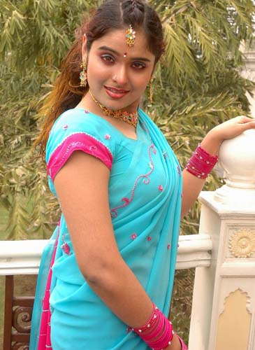 Malayalam Serial Actress Sajitha Betti In Blue Saree Picture Gallery