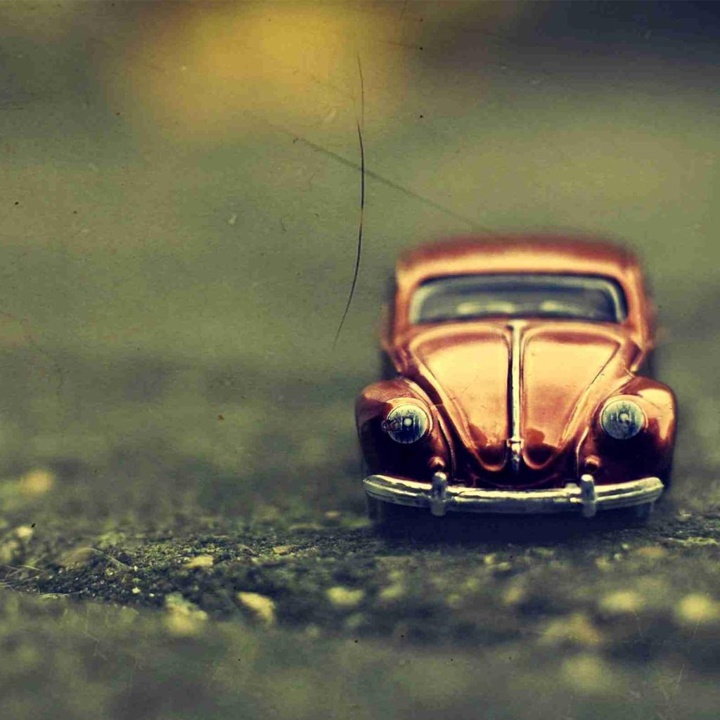 http://1.bp.blogspot.com/-6_26Z4GzXkc/UKacPHxaCjI/AAAAAAAAKlQ/-GC7IxFmWP4/s1600/volkswagen-beetle-toy-ipad-wallpaper.jpg