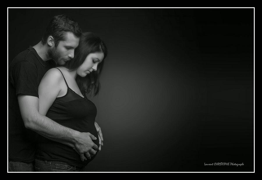Photo maman enceinte à domicile Angers