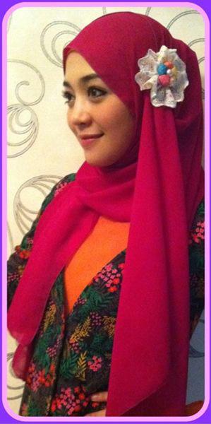 Cara Hijab Nuri Maulida