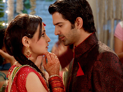 Arnav & Khushi Couple HD Wallpapers Free Download
