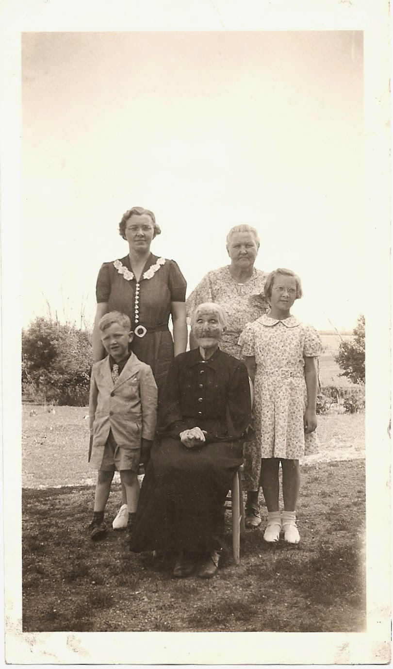 Austaraa (Ostra)-Hagen-Bjornjeld-Olson Family