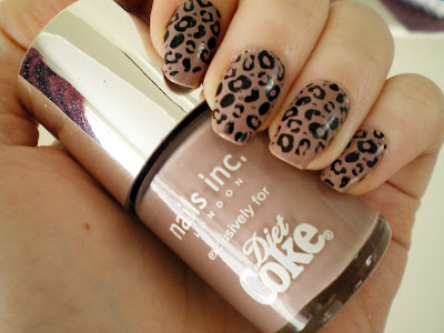 decoracion-uñas-animal-print