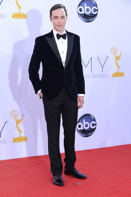 Jim Parsons con esmoquin Emmy 2012
