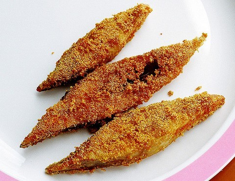 Crunchy fried Pomfret fish
