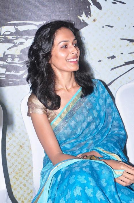 yasmin ponnappa aaranya kaandam press meet latest photos