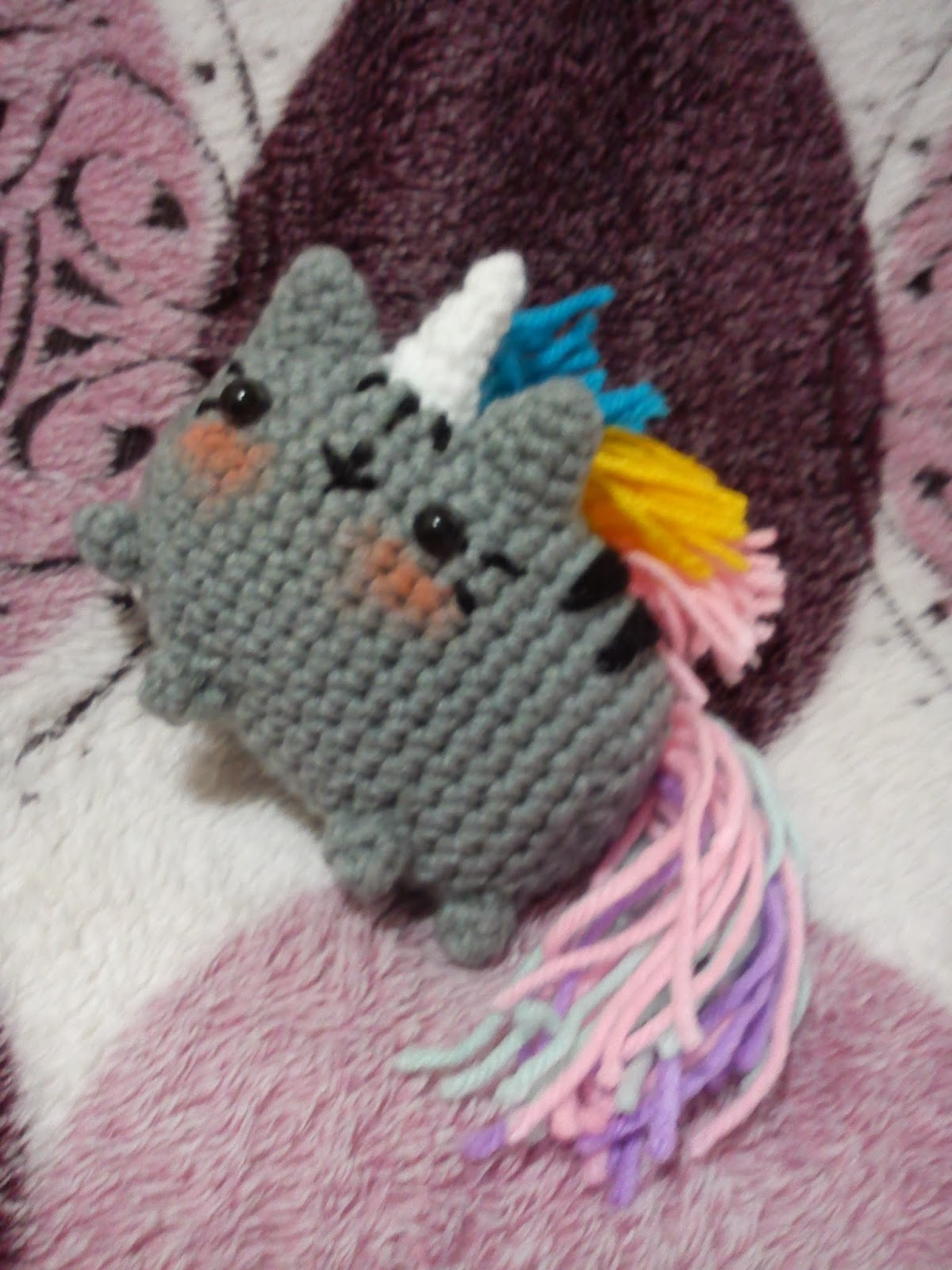 Pusheen Knitting Pattern : Pusheenicorn The Duchess Hands