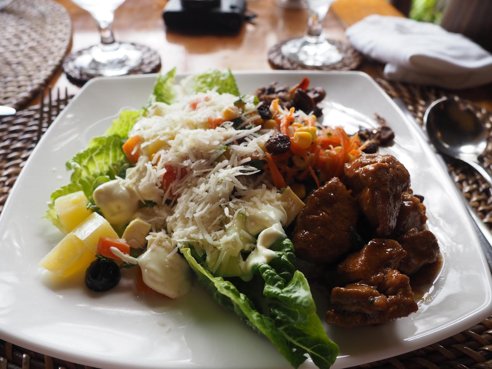 plate of buffet food, Miniloc Island, El Nido