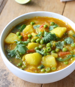 Potato & sweet pea curry recipe by seasonwithspice.com