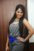 Anasuya latest sizzling photos-thumbnail-16