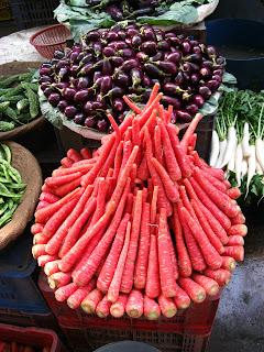 carrots in delhi market