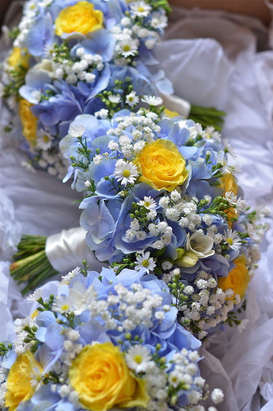 Wedding flowers ellie s yellow and blue