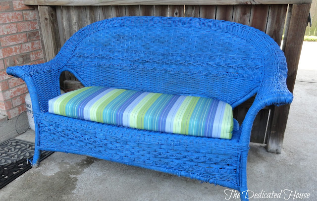 painted-wicker-furniture