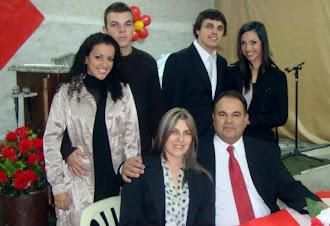 Pastor Presidente Manassés Matos e Família