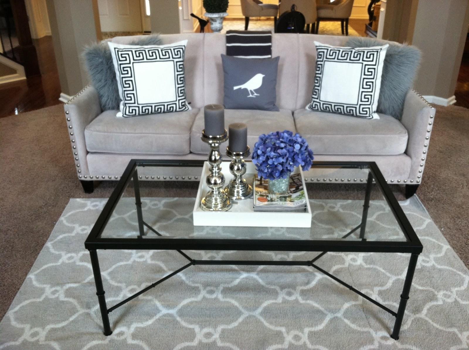 Grey Trellis Rug In Living Room