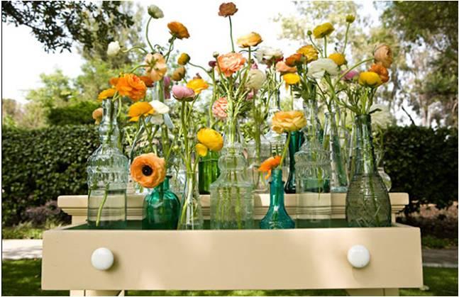 quintans de inspiracin vintage y romnticas tocado de bastas en forma de lgrima con redecilla de topitos y un tocado de plumas con una gran flor que