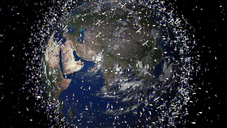 la basura espacial crea peligro de guerra