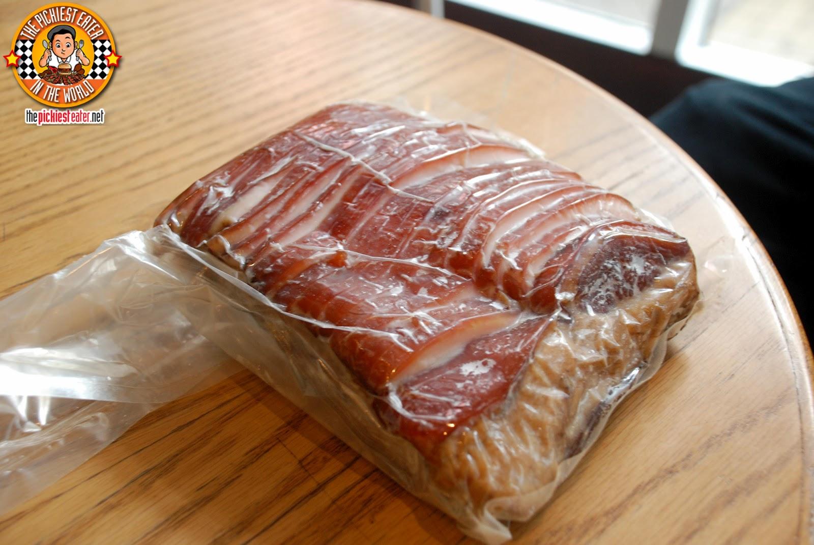 http://1.bp.blogspot.com/-6c0LI9RxWMY/T6I1-MrDItI/AAAAAAAAKxA/LPpjRvHZuZI/s1600/Mad.Meats21.jpg