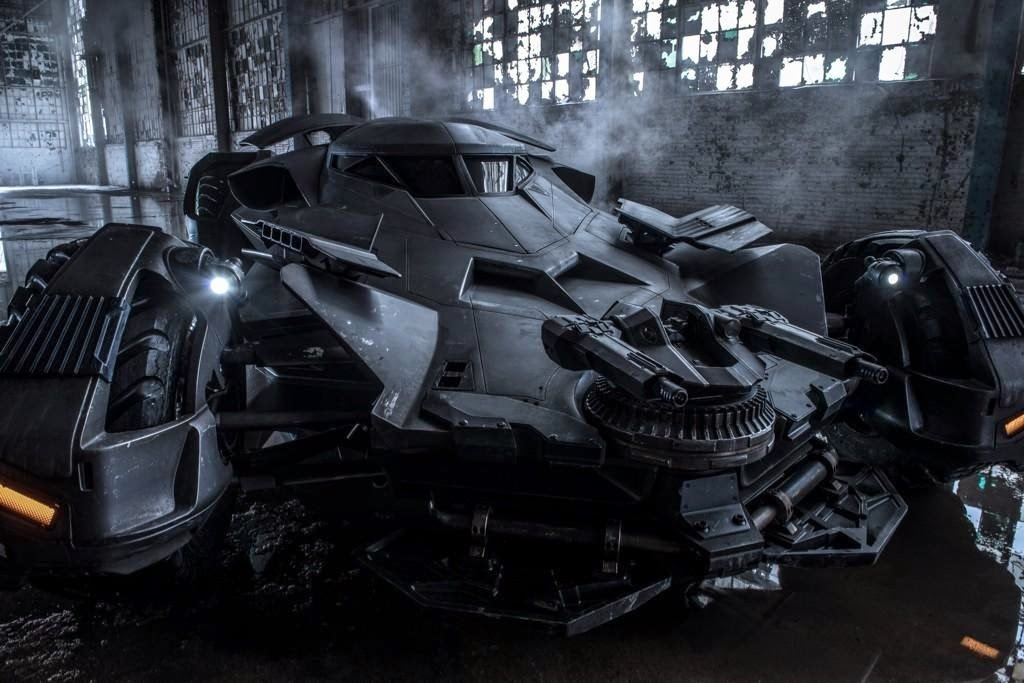batman v superman dawn of justice batmobile WB warner bros dc comics zack snyder ben affleck