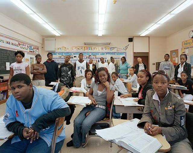 Aulas de clase en diferentes partes del mundo