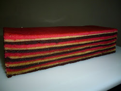 Kek Lapis Strawberry Coklat ( HOT SALE )