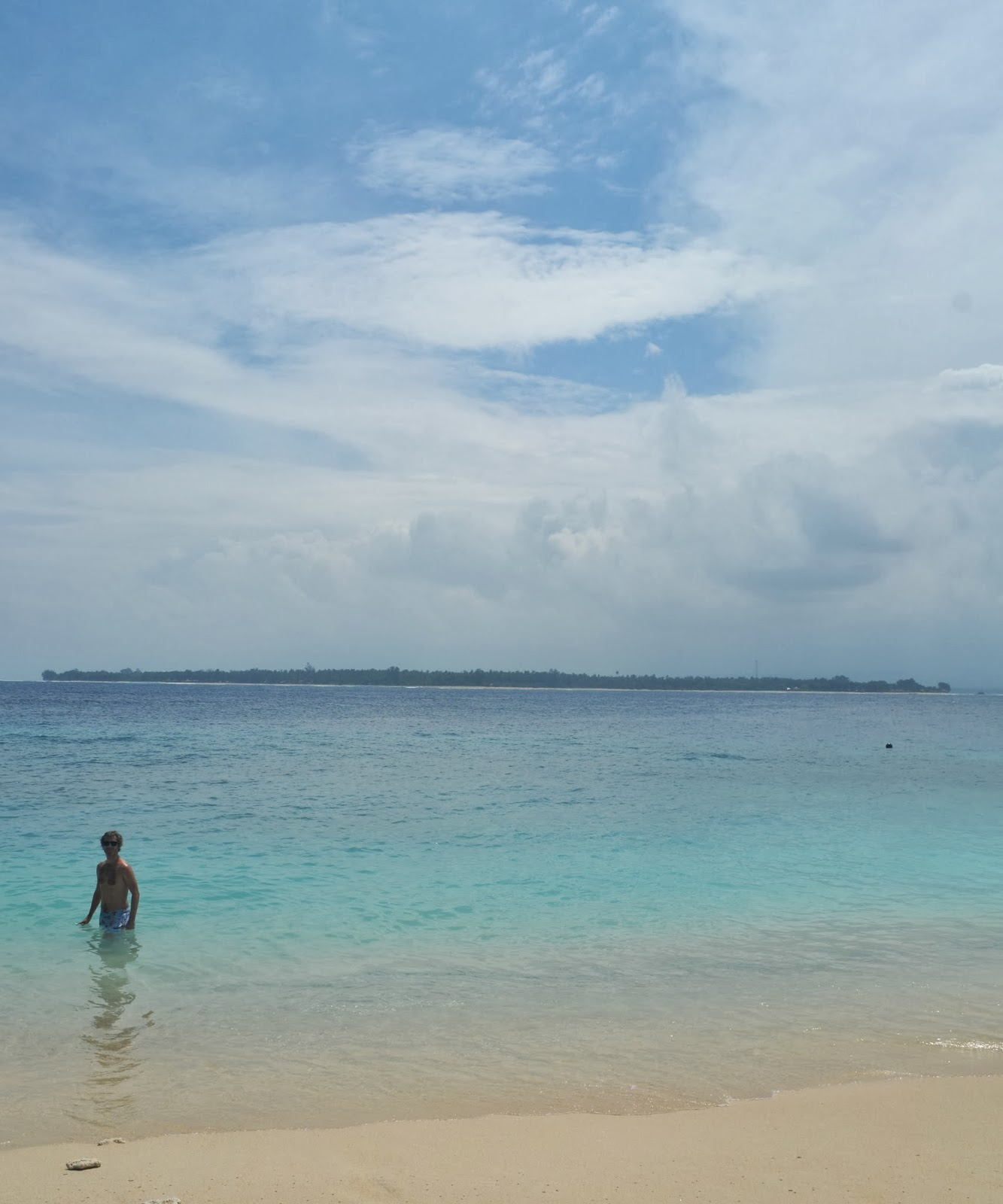 beach gili meno the gilis indonesia