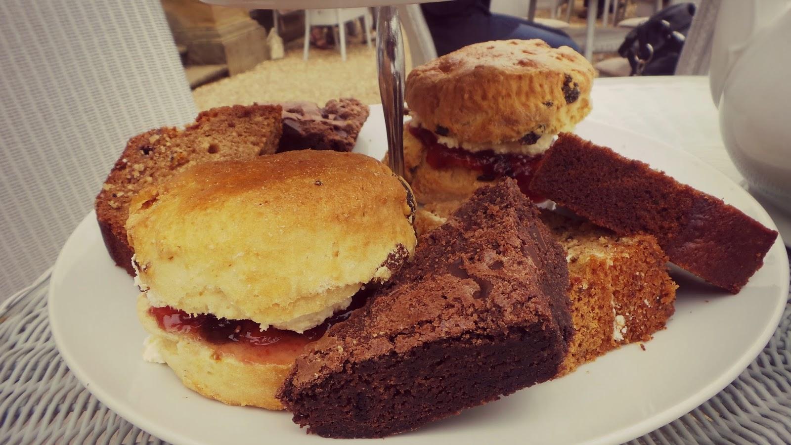 harewood cakes