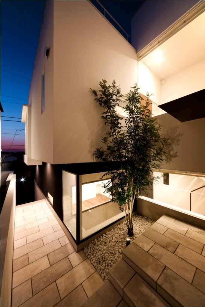 Rumah Minimalis 3 Lantai 19