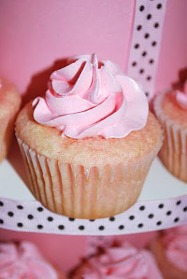 How Yummy does this sound?  Pink Lemonade Cupcakes!