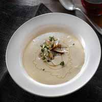 Weight Loss Recipes : Creamy Roasted Garlic Soup