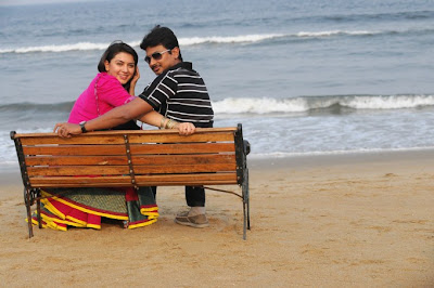 Hanishka Motwani and udhayanidhi Stalin Hot Stills