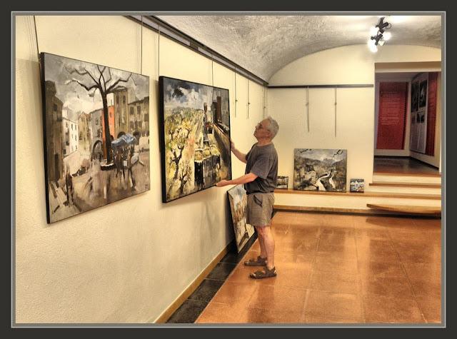 BEGUR-PINTURA-EXPOSICIO-CENTRE CULTURAL-FOTOS-PINTOR-ERNEST DESCALS-
