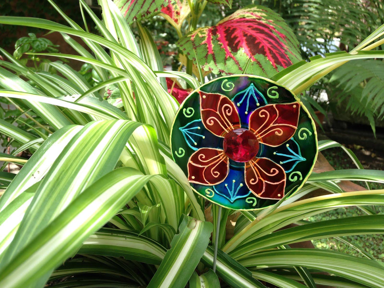 Ideal para colocarlos en las macetas principalmente entre for Como hacer adornos para el jardin
