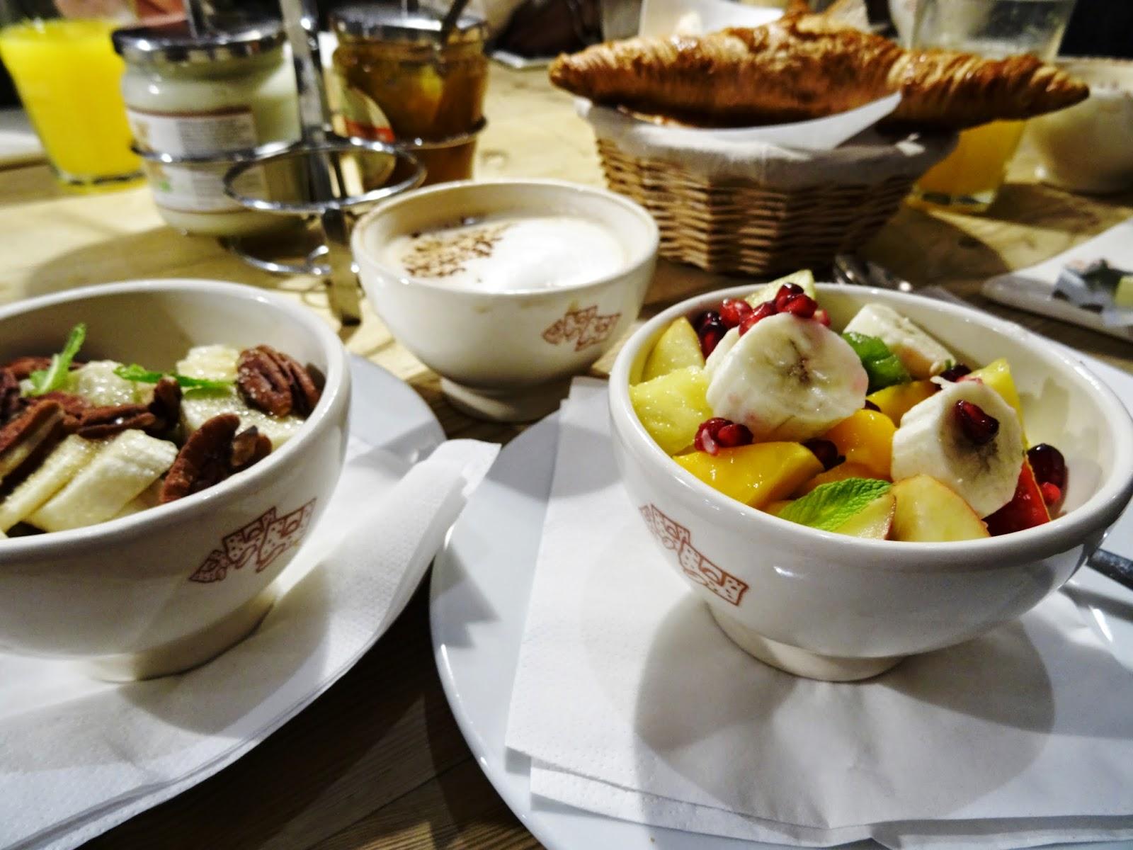 Tipp für günstiges Frühstück in Paris - auch vegan: Le Pain Quotidien