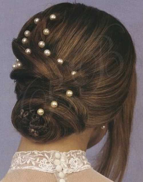 beads are used 4 giving extra fine look to hair style..