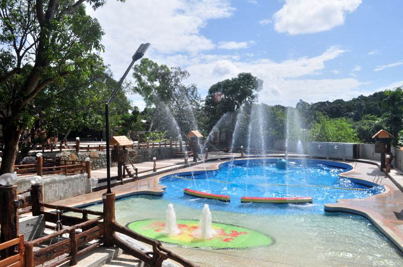 Young and loving it the 5 best cheap summer destination for Affordable pools near metro manila