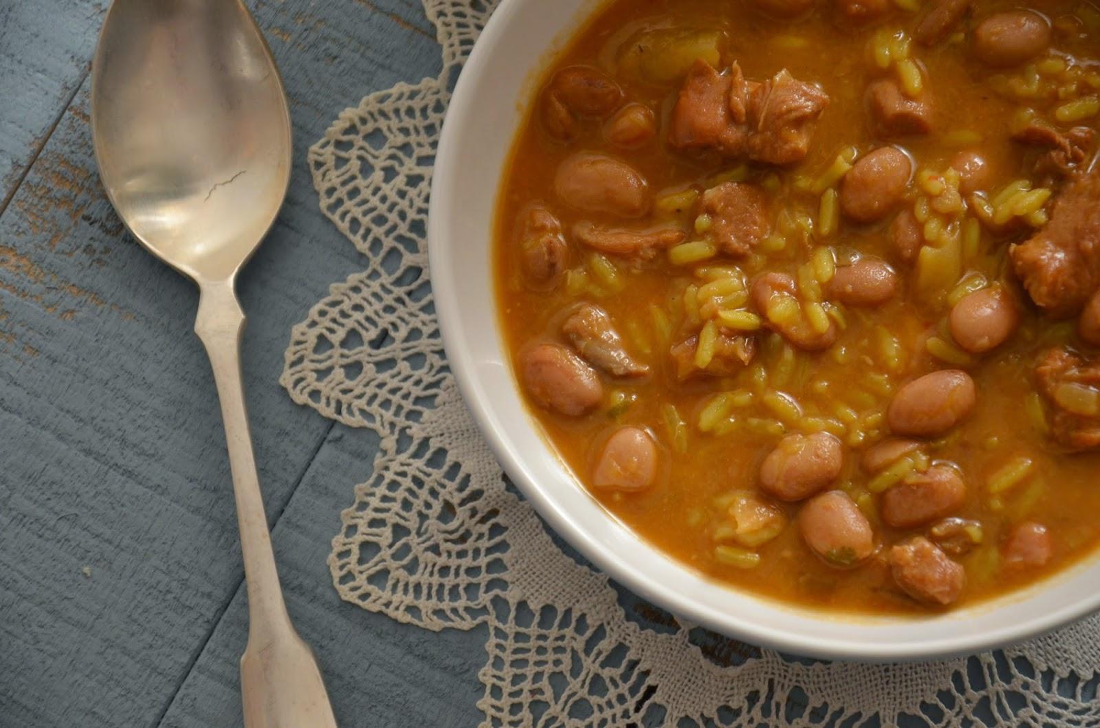 Guiso de pavo alubias pintas y arroz cuchillito y tenedor - Arroz con judias pintas ...