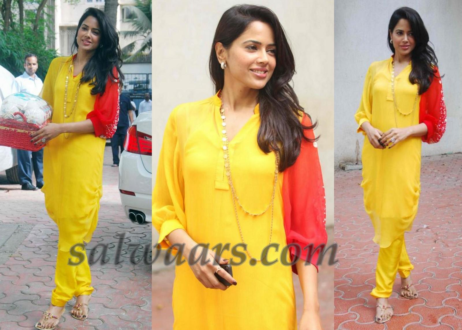 Sameera Reddy in Salwar at Shilpa Shetty Bab Shower