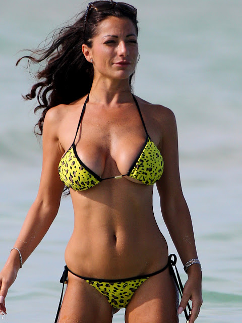 Priscilla Salerno Topless Big Fake Boobs Again At The Beach In Miami