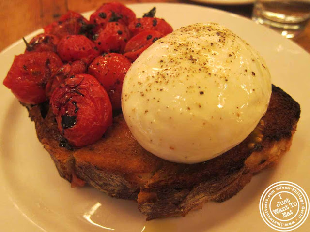 Image of burrata at Pulino's Pizza in NYC, New York