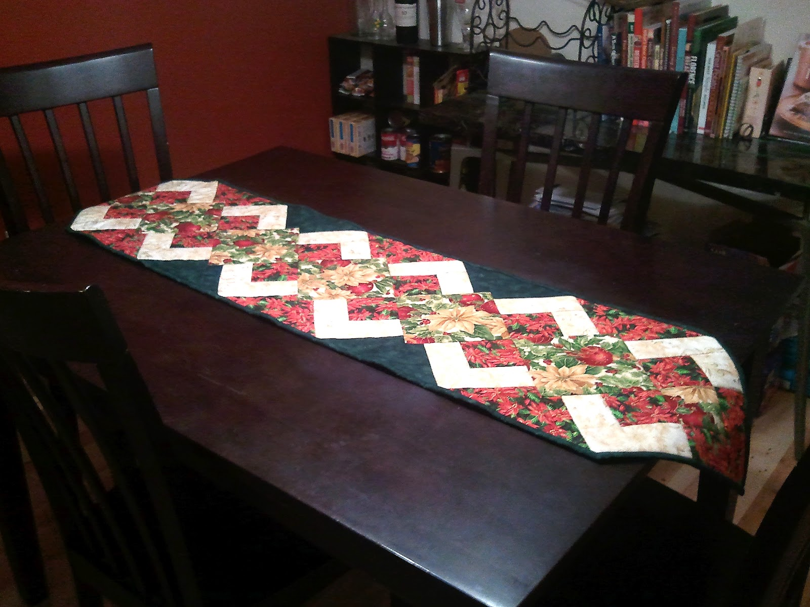 dell table runner adamo patterns for cover Free  christmas quilted   christmas   table runners
