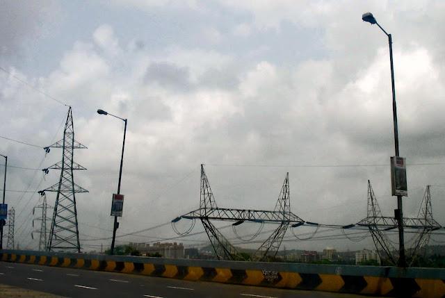 power lines in Mumbai