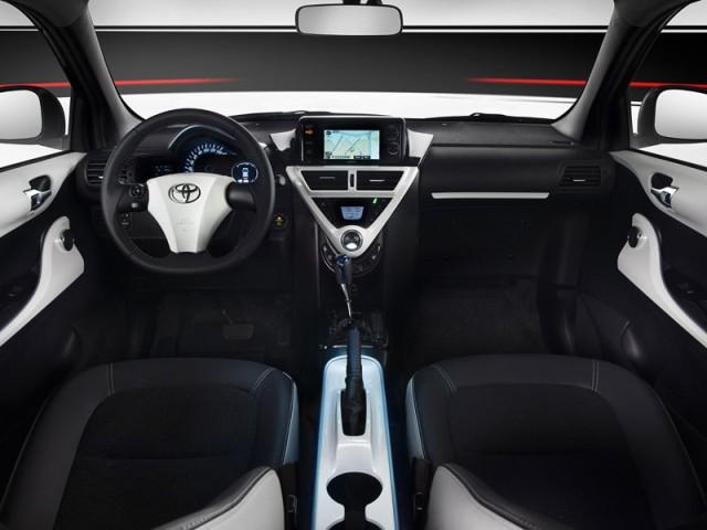 Toyota iQ EV 2013 interior